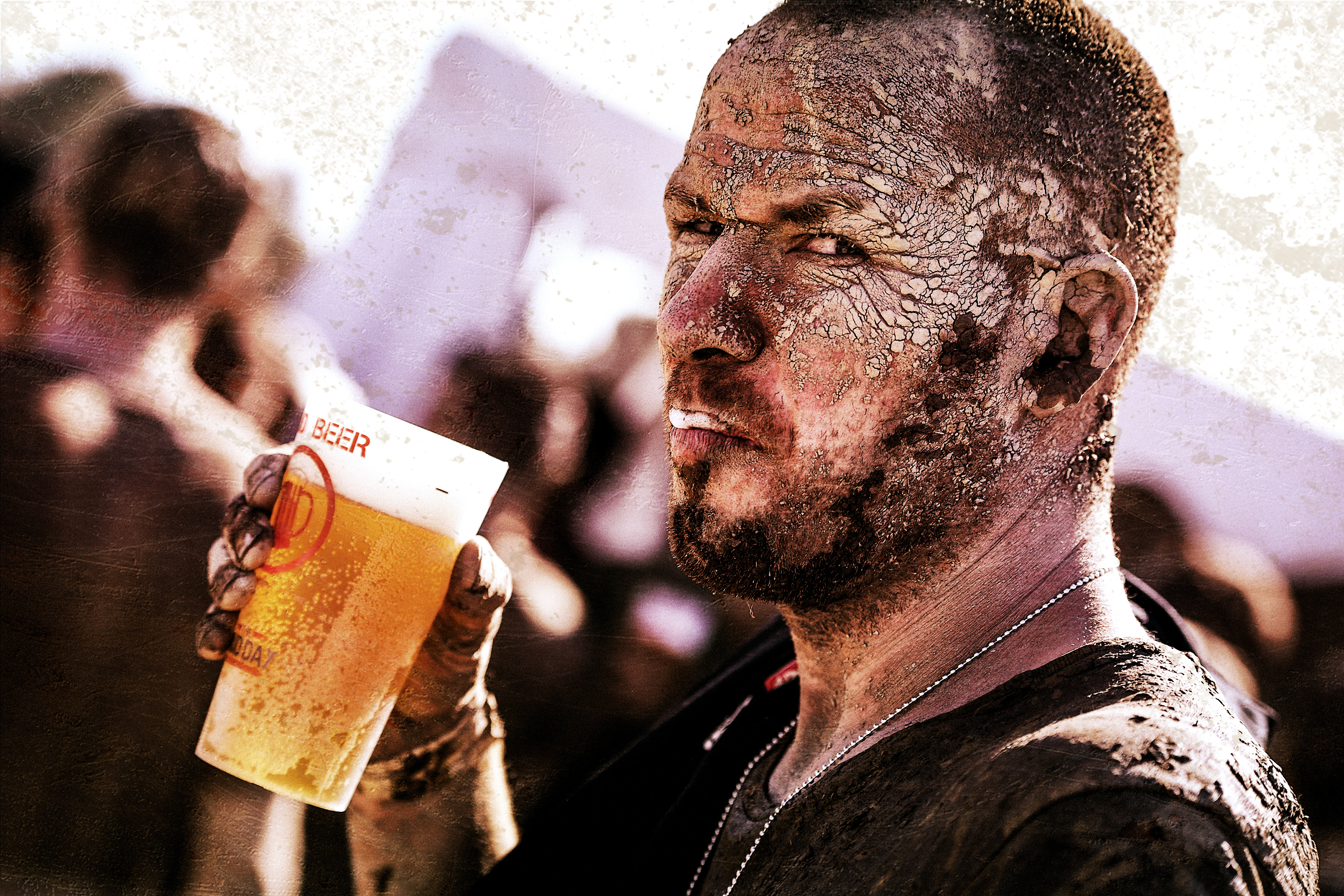 Un Mud Guy con su Mud Beer