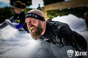 Obstáculo Foam Fest de Xletix Challenge