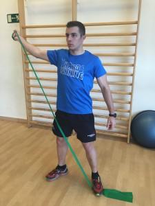 Diagonales de Kabat, paso 3 ejercicio con gomas para hombros