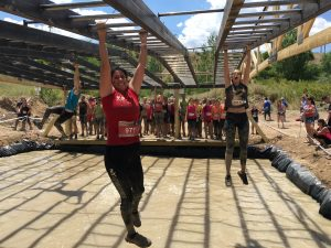 Obstáculo Got Biceps de The Mud Day