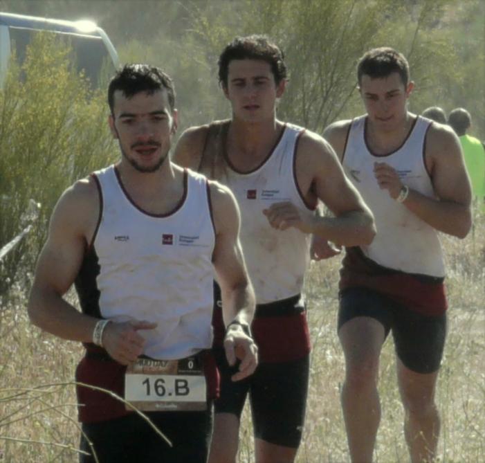 Jorge Rey entrenador y su equipo ganador The Mud Day Toledo 2015