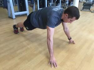 Jorge Rey entrena el agarre para rendir en carreras de obstáculos