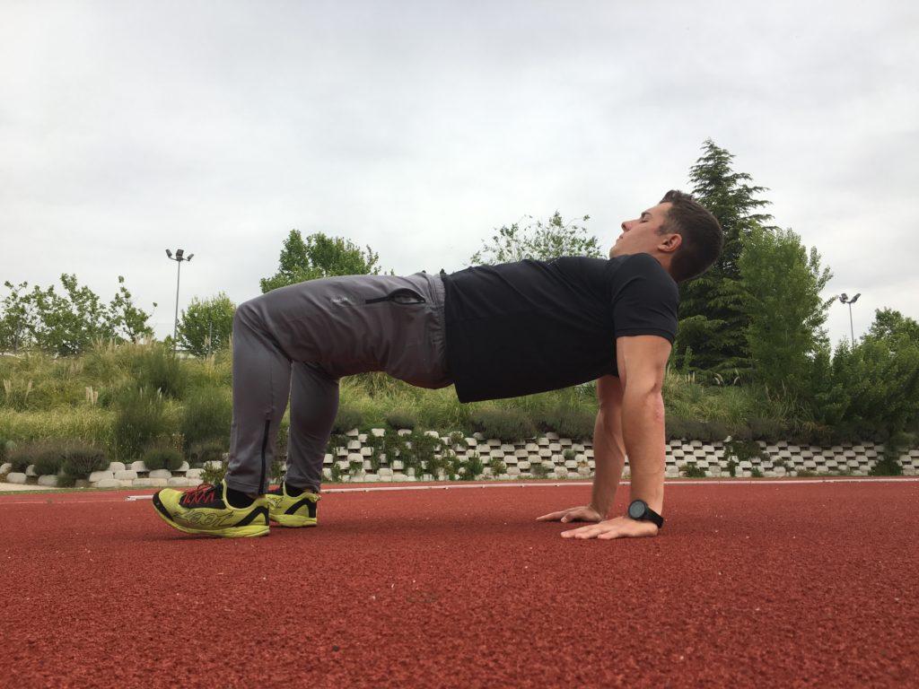 Jorge Rey Mota entrenador personal nos enseña los ejercicios de core imprescindibles para la preparación física en carreras de obstáculos